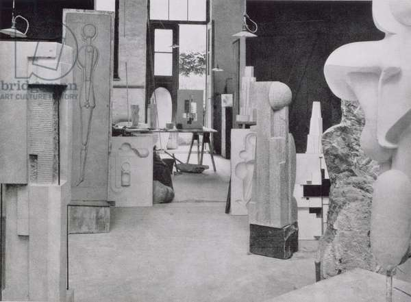 The Stone Carver's Workshop, from the Workshops of the Bauhaus, Weimar, 1923 (b/w photo)