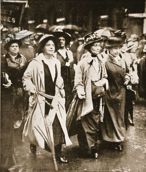 The Women's 'Right to Serve' Demonstration: Mrs. Pankhurst and Friends, from 'The Illustrated War News', 1915 (b/w photo)