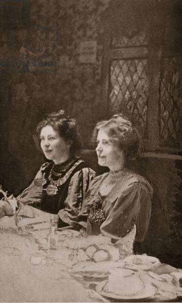 Christabel Pankhurst and Annie Kenney, 1909 (sepia photo)