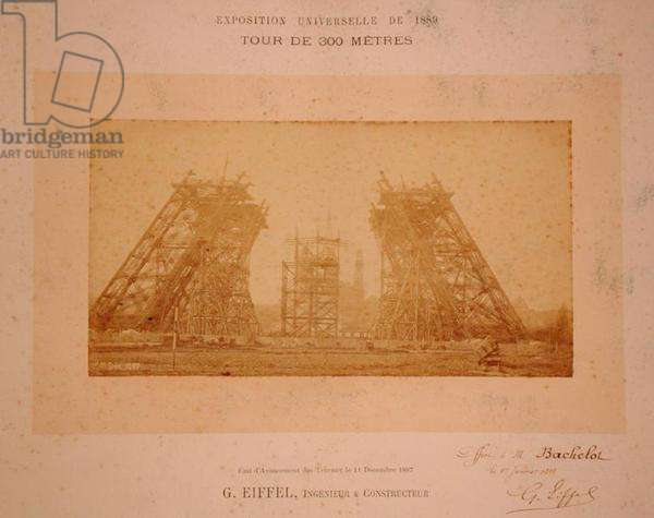 Construction of the Eiffel Tower, 1888 (photo)