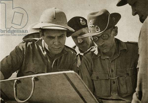 The American Wendell Willkie, who stood as the Republican candidate against Franklin D. Roosevelt in the 1940 Presidential elections, is explained the defences at El Alamein by General Montgomery, 1942 (b/w photo)