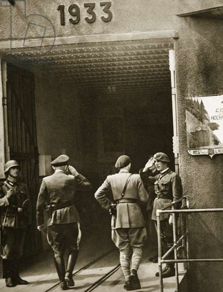 A German air force general and a French officer, after the fall of the Maginot Line, at the entrance to the Hochwald ouvrage, June 1940 (b/w photo)