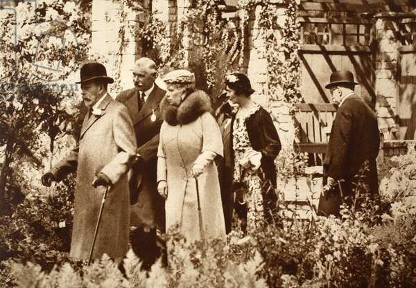 King George and Queen Mary at the Chelsea Flower Show, 1930s (b/w photo)