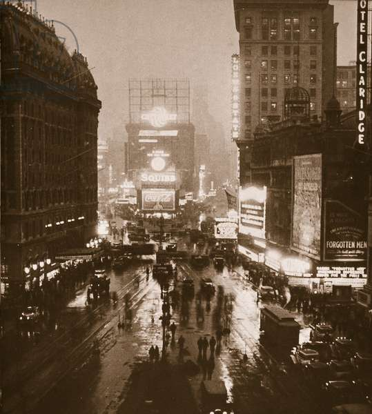Winter Evening, Times Square, Broadway, New York, early 1930s (sepia photo)