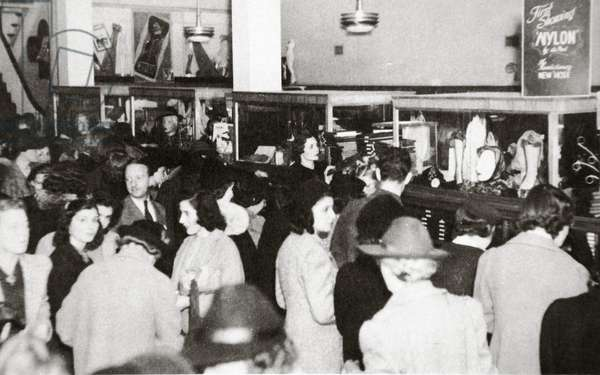 The first experimental sale of nylon stockings, Wilmington, Delaware, 25th October 1939 (b/w photo)