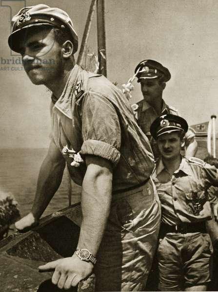 U-boat crew, 1939-45 (b/w photo)