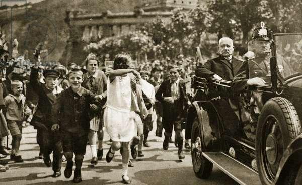 Reichsprasident von Hindenburg tours the liberated Rhineland, 1930 (b/w photo)