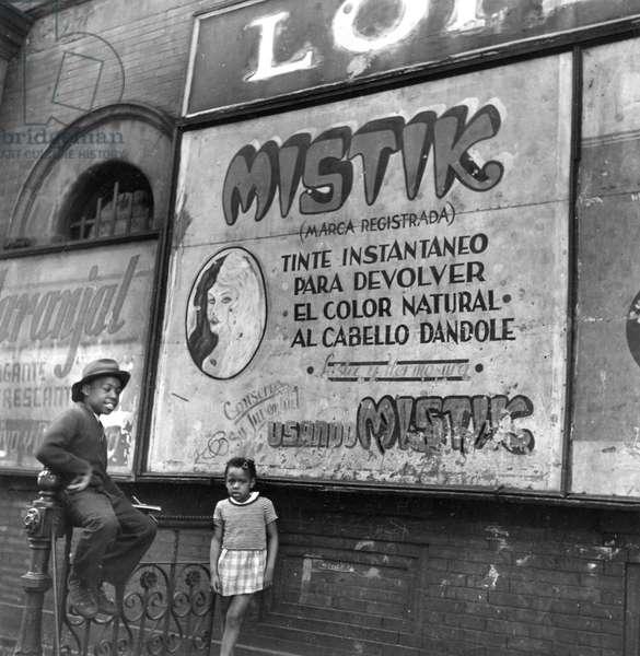 Mystik, New York 1944