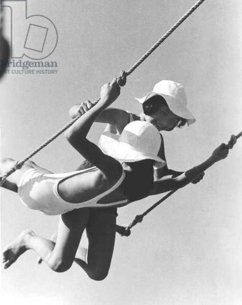 Swing, Paris 1934