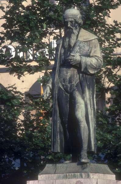 The Gutenberg Monument in Mainz (bronze)