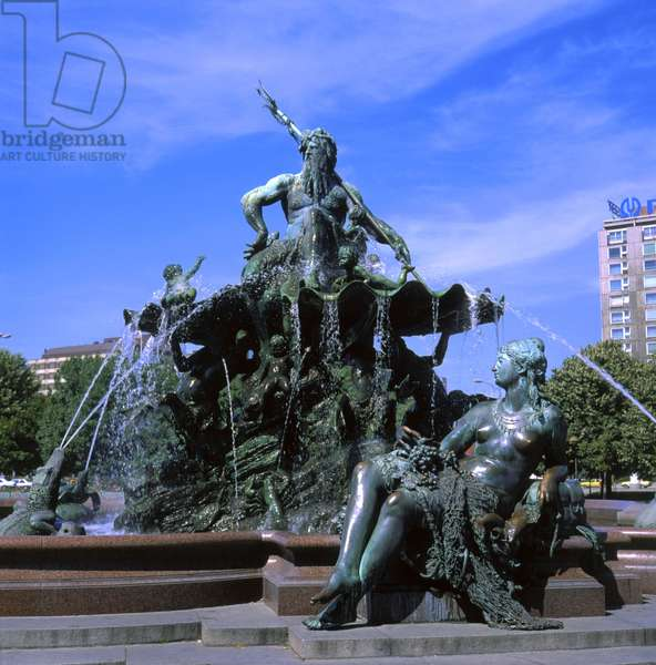 Neptune Fountain, 1891 (bronze)