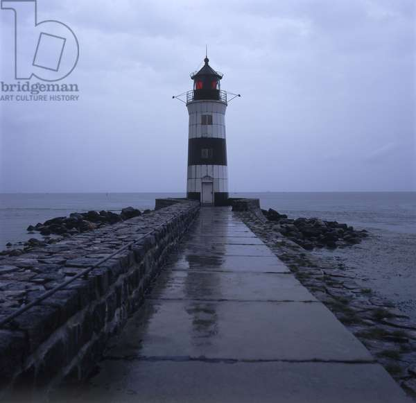 Lighthouse at the delta of the Schlei into the Baltic Sea (photo)
