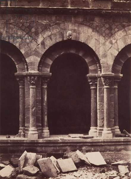 Cathedral of Notre-Dame, Detail of the Cloister Arcade, Le Puy, 1851, printed later (albumen print)