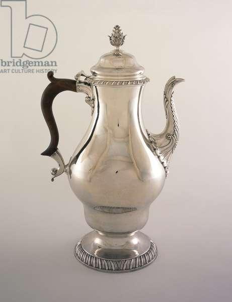 Coffeepot, 1770-76 (silver & wood)