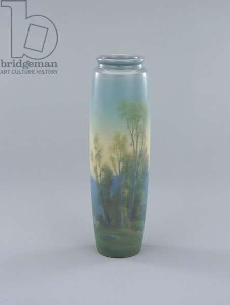 Vase, 1921 (glazed earthenware)