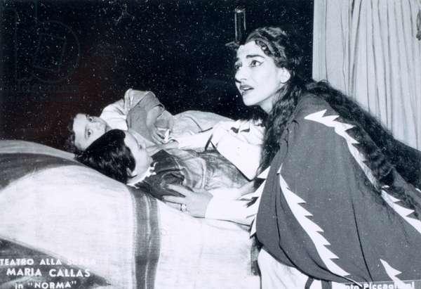 Maria Callas in Bellini 's 'Norma' at Scala opera House, Milan