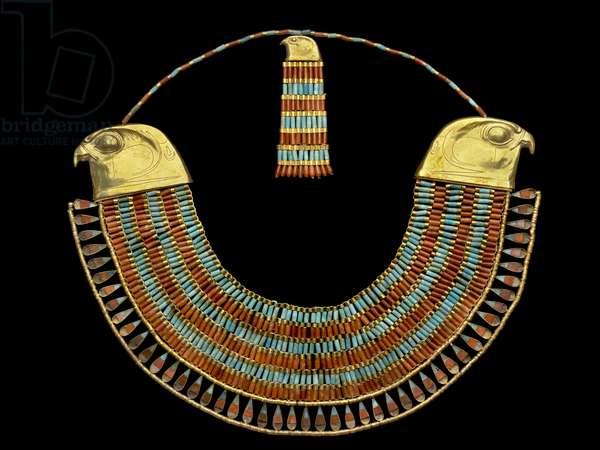 Necklace belonging to Princess Neferuptah, from the Pyramid of Princess Neferuptah at Hawara, Middle Kingdom (gold, carnelian, feldspar & glass paste)