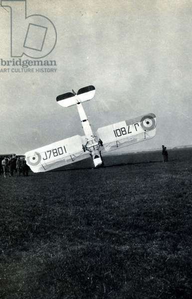 Nose-landing by DH.9A, No. 2 Flying Training School, Royal Air Force, Digby, Lincolnshire, 1928-30 (b/w photo)