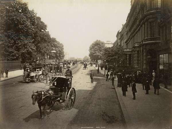 Knightsbridge, London, 1896 (b/w photo)