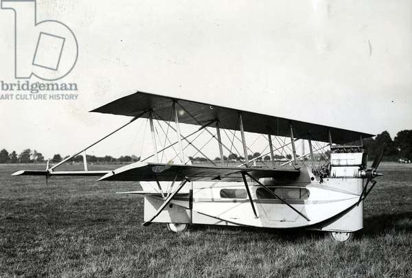 The new passenger aircraft, Leya, undergoing tests at Villacoublay, 29 August 1932 (b/w photo)