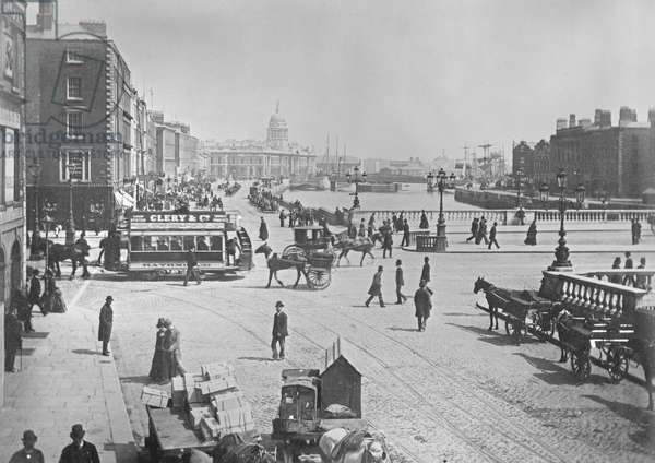 O'Connell Bridge and Quays, Dublin, Ireland, c.1885 (gold-toned albumen print)