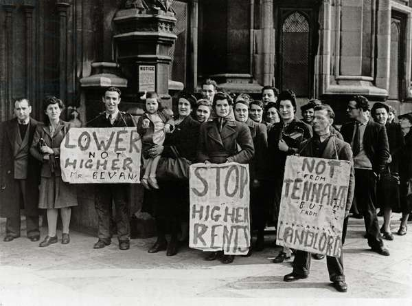Angry tenants march to the House of Commons, 27th March 1946 (b/w photo)
