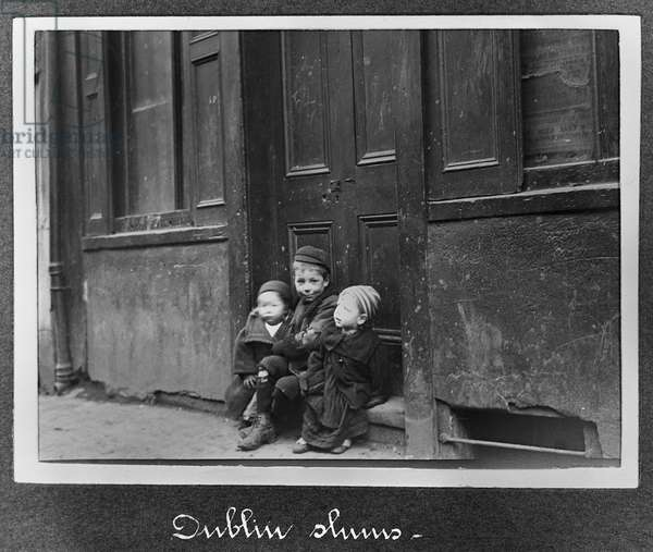 Children of the tenements, Dublin, Ireland, c.1910 (gelatin silver print)