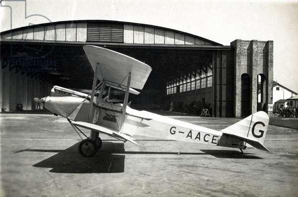 Avro Avian, No. 2 Flying Training School, Royal Air Force, Digby, Lincolnshire, 1928-30 (b/w photo)