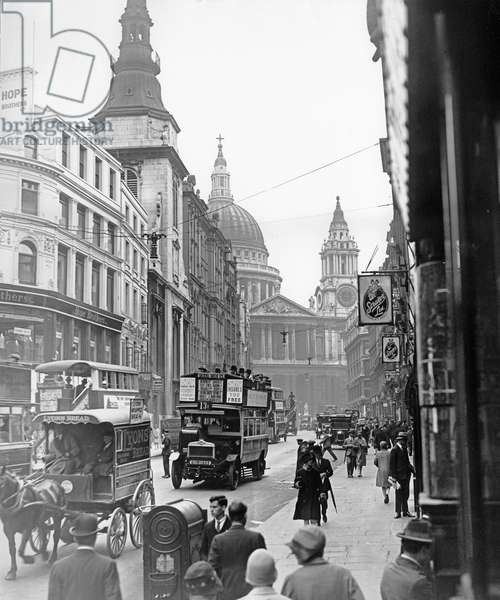 St. Paul's Cathedral from Ludgate Hill, London, 1928 (b/w photo)