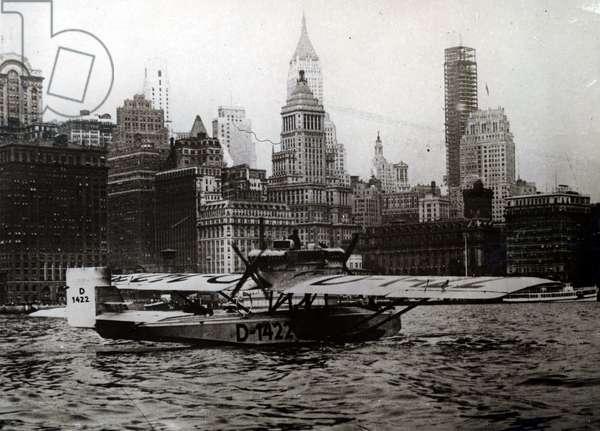 German aviators, with Captain Wolfgang von Gronau, arriving in New York, 26 August 1930 (b/w photo)