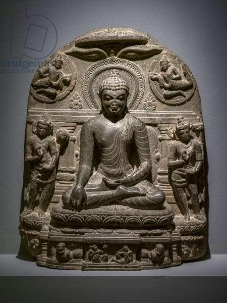 Maravijaya Buddha. Northern India, Bihar (?). Pala period, 10th century. Crystalline rock.