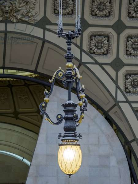 The Orsay Museum. Paris. France - Hanging lamp from the main room - Musee d'Orsay, Paris - Photography 2017