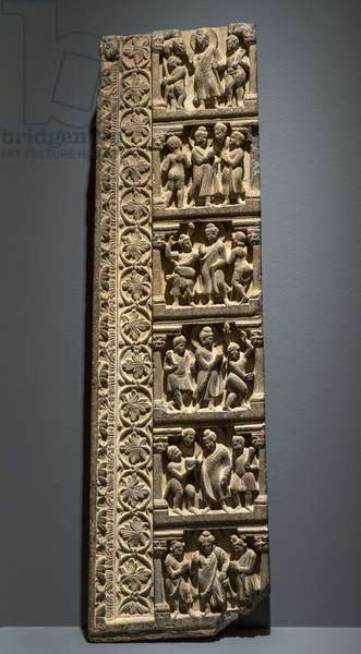 Scenes of the life of the Buddha: the offering of the monkey to Vaishali and the entry of the Buddha to Rajagriha. Pakistan, art of Gandhara, 1st and 3rd. Door frame - shale.