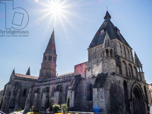 Collegiate Church of Saint-Pierre du Dorat, France, 2017 (photo)