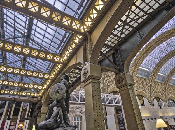 The Orsay Museum. Paris. France - Steel and glass structure with beam and support arches. View of the sculpted group Gerome executing the Gladiateurs, Monument a Gerome, (1878 - 1909, sculpture by Jean Leon Gerome (1824-1904) and Aime Morot (1850-1913) - Musee d'Orsay, Paris - Photography 2017