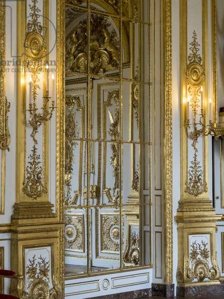 Paneling and woodwork of Galerie doree, Francois Antoine Vasse (1681-1736), circa 1715. Banque de France. Hotel de Toulouse, former hotel de la Villiere, Paris - Hotel de Toulouse, headquarters of the Banque de France -