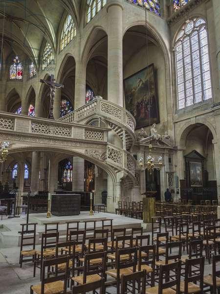 A Jewish side staircase, which wraps around the pillar. Church Saint Etienne du Mont, Paris, (1491-1624)