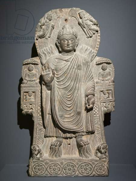 Buddha with the Great Miracle (the Miracle of Shravasti). Afghanistan, Art of Gandhara, 3rd and 4th. Shale, traces of gilding.