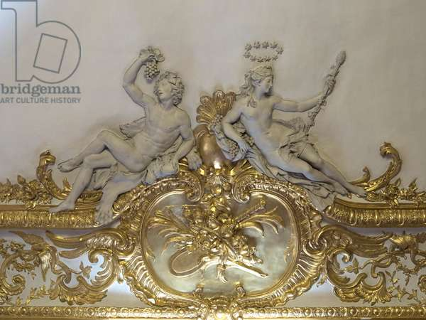 Bacchus and Ariane. White stucco sculpture by Nicolas Sebastien Adam, known as Adam the younger or Adam the younger (1705-1778). Princess's parade or parade room. Hotel de Soubise, Paris, 18th century