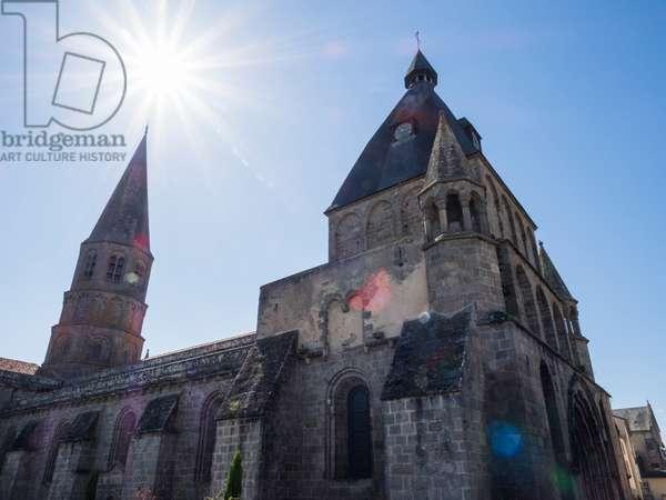 View of the Collegiate Church of Saint-Pierre du Dorat, Le Dorat, France, 2017 (photo)