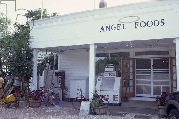 Angel Foods, grocer's shop on Commercial Street, East end, Princetown, Cape Cod, 2005 (photo)