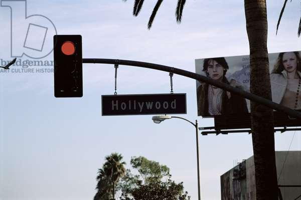 Traffic light, Hollywood Boulevard, Los Angeles, 2005 (photo)
