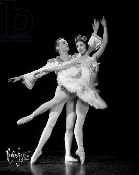 Margot Fonteyn and Robert Helpmann in Sleeping Beauty