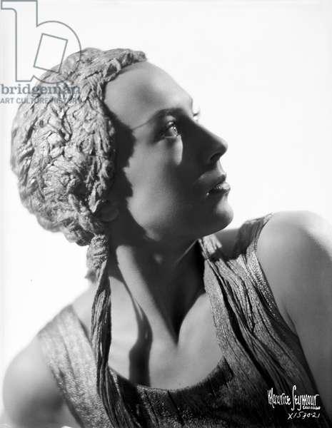 Eva Evdokimova - studio portrait