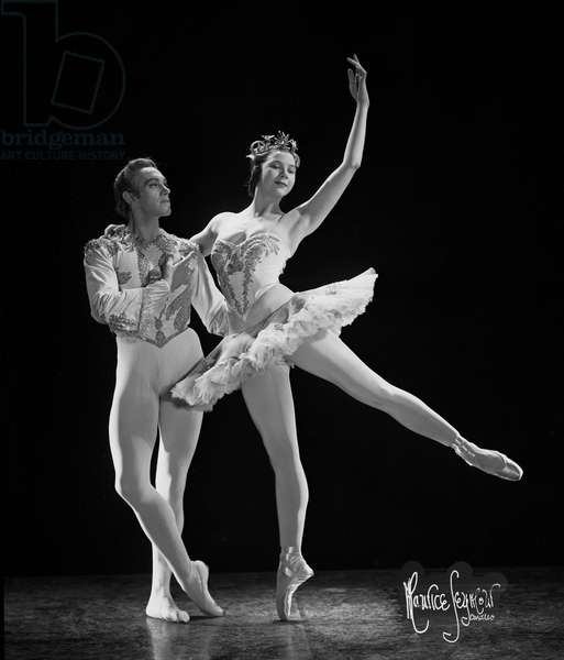 Beryl Grey dancing in Sleeping Beauty