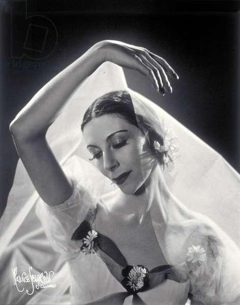 Alicia Markova as Giselle