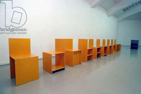 Chairs, Kassel Kunstverein, 1992 (photo)
