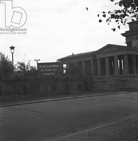 Grenzanlagen at Brandenburg Gate, 1964 (b/w photo)