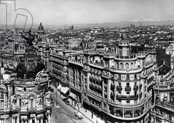 Madrid, 1936 (b/w photo)