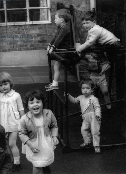 A nursery school in London, 1967 (b/w photo)